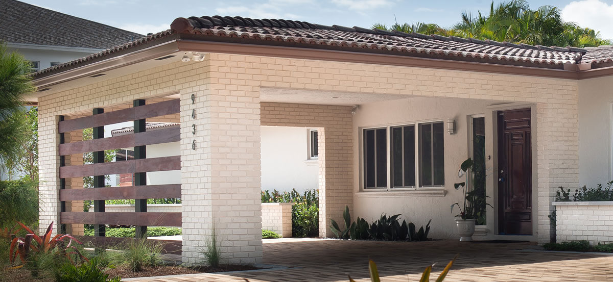 Clay Brick White Walls 1200x553